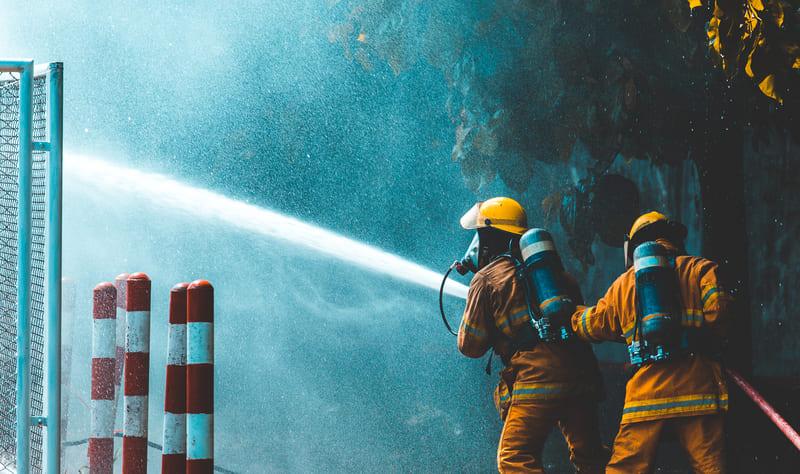 消防士との出会いを求めている人が利用するべきアプリ