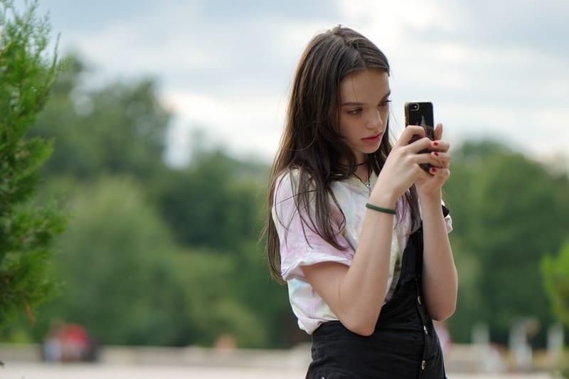 Tinderでのメッセージの返信の仕方【女性向け】