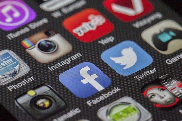 facebook以外でマッチングアプリに登録する方法